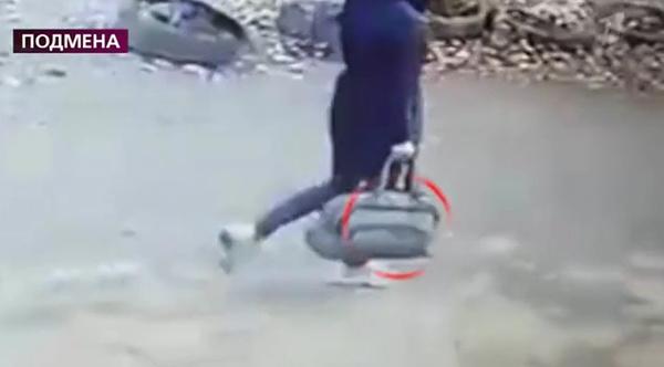 Кристина ушла с большой сумкой как будто собиралась в дальнюю дорогу