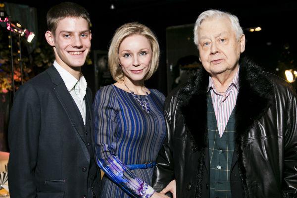 Олег Табаков и Марина Зудина с сыном Павлом