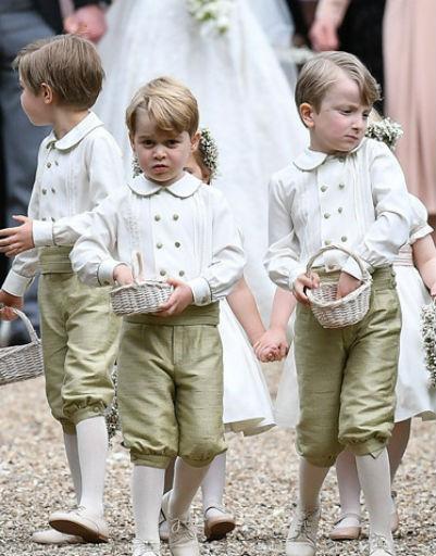 Принц Джордж дружит со многими детьми английских аристократов