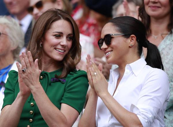 Поклонники давно уверены, что Кейт и Меган ненавидят друг друга