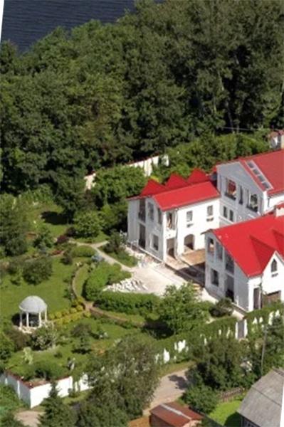 Экс-соседка Аллы Пугачевой: «Этот дом она Никите уже официально отписала»