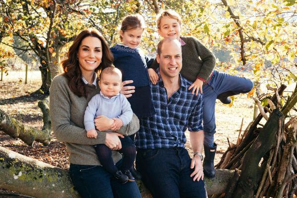 Кейт старается проводить все свободное время с детьми