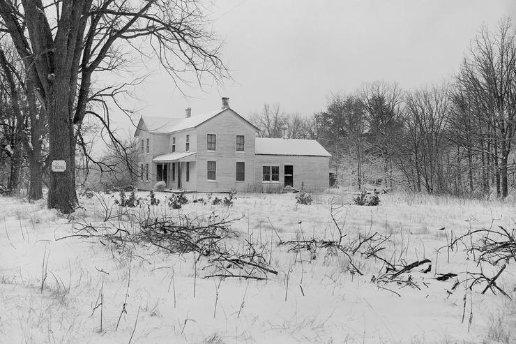 Ферма Гина, которая впоследствии сгорела дотла