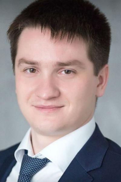 Неизвестно, почему Ершов выбрал семью Алексея