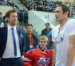 Александр Овечкин познакомился с героями «Молодежки»