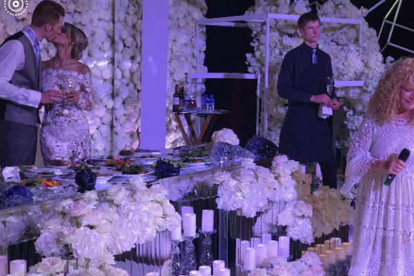 Гости считают свадьбу очень трогательной
