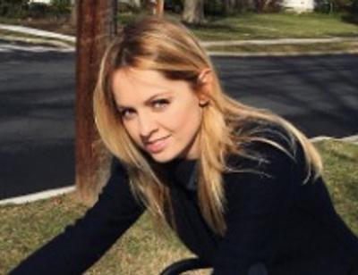 Янина Студилина пожаловалась на трудности материнства