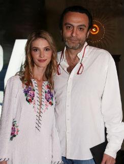 Джаник и Светлана познакомились во время съемок фильма «Август. Восьмого», где Иванова исполняла главную роль