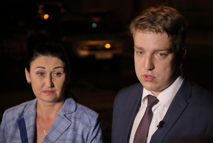 Ирина Скирту и Сергей Лукьянов представляют интересы Марины в суде