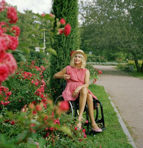 Инна Зайцева. Евгения, Москва. 2015 Из проекта «Энергия Любви». Цифровой отпечаток с авторского негатива