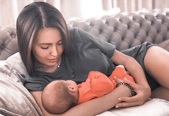 Анастасия с дочерью Миланой
