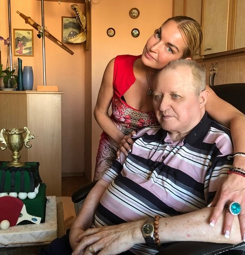 Анастасия Волочкова с отцом Юрием