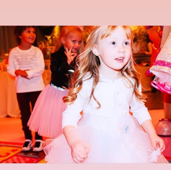 Вероника выглядела настоящей принцессой
