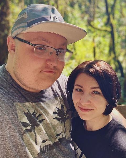 Коронавирусом заразилась и супруга блогера