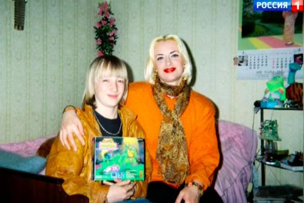 Наталия Гулькина с маленьким сыном Лешей