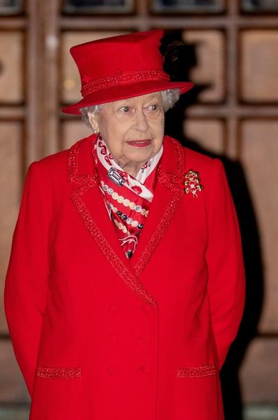 Елизавета II стала прабабушкой в десятый раз