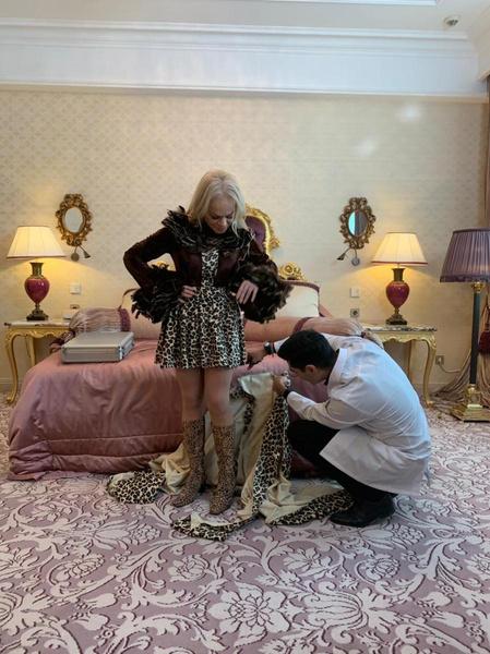 Дизайнер сначала хотел сжечь это леопардовое платье, но передумал.