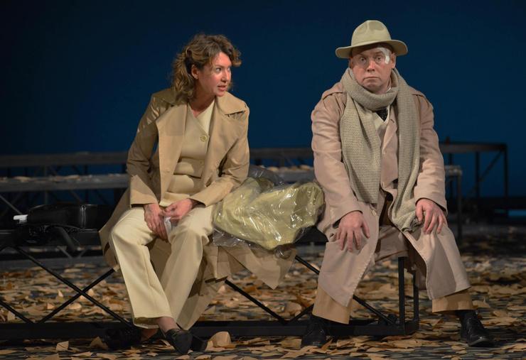 За 12 лет актер сыграл в Театре Моссовета всего в четырех постановках.