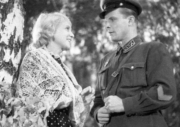 За роли в фильмах Ивана Пырьева Ладынина получила пять Сталинских премий