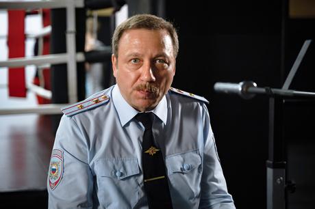 Георгий Дронов: «Я против эмансипации. Не надо женщинам идти туда, где  грубость» | StarHit.ru