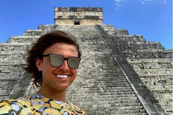 Прохор Шаляпин отдыхает в Мексике без своей возлюбленной