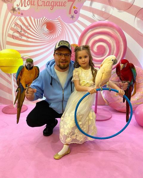 Гарик Харламов поздравил дочь