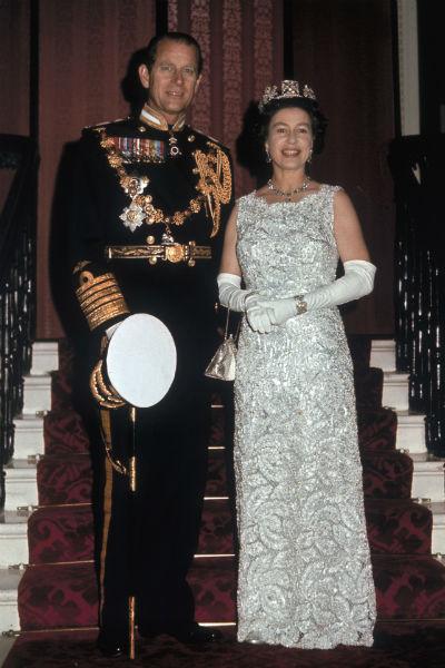 В редких интервью Елизавета II рассказывала, что главным в их семье всегда был Филипп