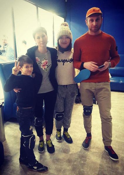 Катя с сыном, невесткой и внуком