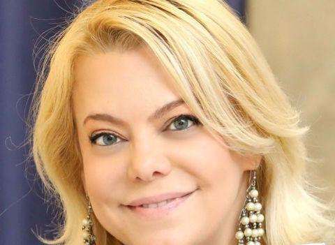 Яна Поплавская подверглась травле из-за слов в адрес Армена Джигарханяна