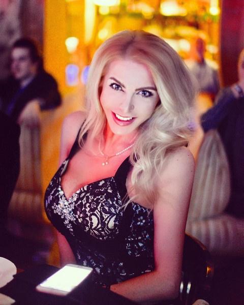 Ольга Жукова в ярости от поведения водителя