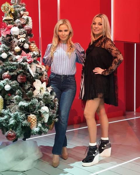 Дана Борисова не улетела из России из-за новогодней съемки