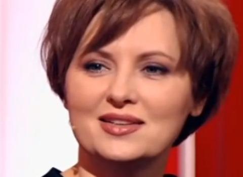 Елена Ксенофонтова рассказала об изменах мужа и состоянии дочери