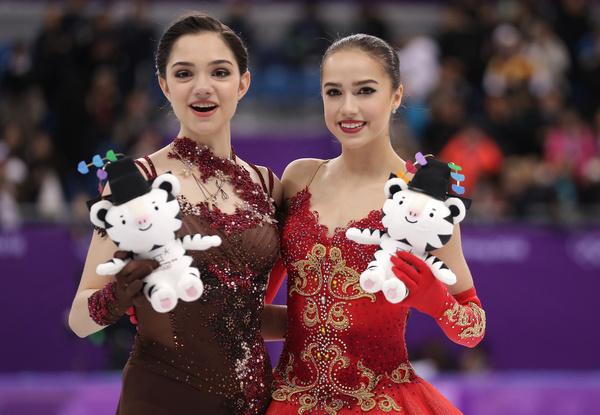 На Олимпиаде Алина взяла золото, а ее подруга Евгения Медведева серебро