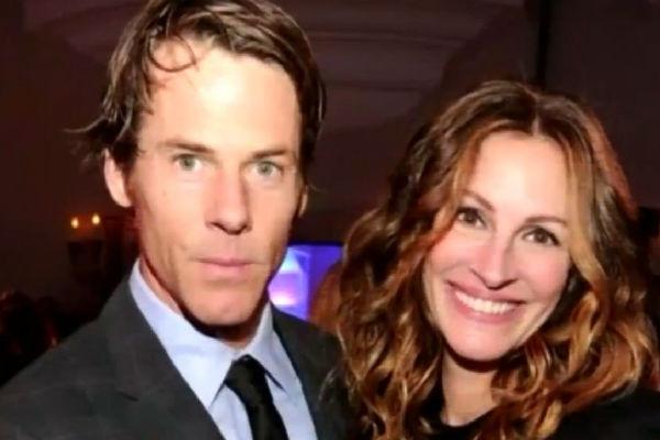 Актриса и ее супруг предпочитают не комментировать слухи о разводе