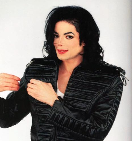 Дочь Майкла Джексона экстренно прооперирована без наркоза