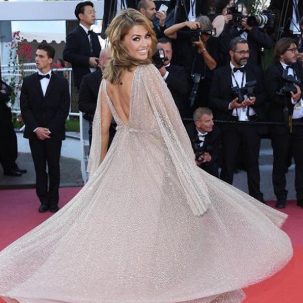 Виктория Боня в роскошном платье, подаренном избранником