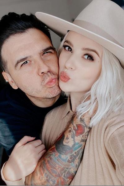 Мика с мужем