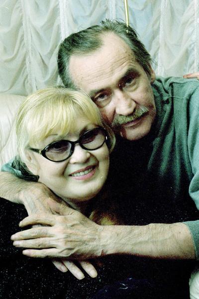 Метался между Лидией Савченко и женой Золотухина Ниной Шацкой. Любовный квадрат Леонида Филатова