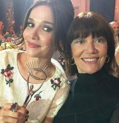 Наталья Орейро с мамой Мабель