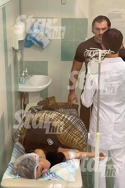 Актрису в больнице сопровождал загадочный незнакомец