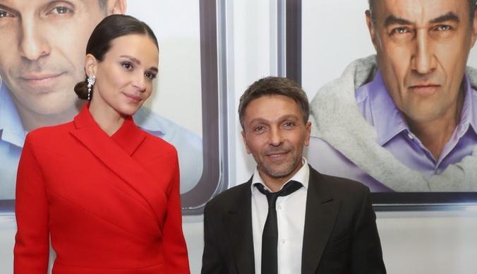 Леонид Барац отдыхает с женой после новостей об измене и разводе