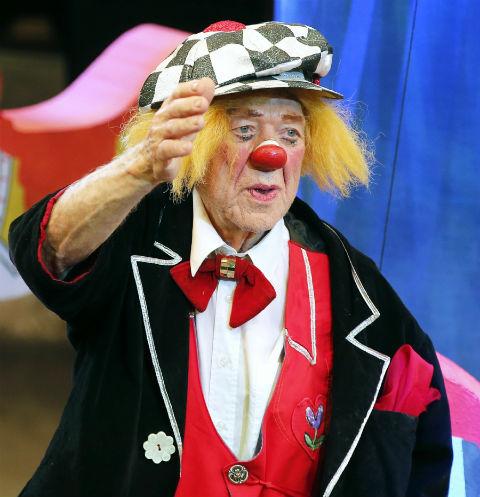 Скончался легендарный клоун Олег Попов