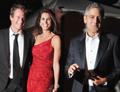 Джордж Клуни оказался в постели с Синди Кроуфорд