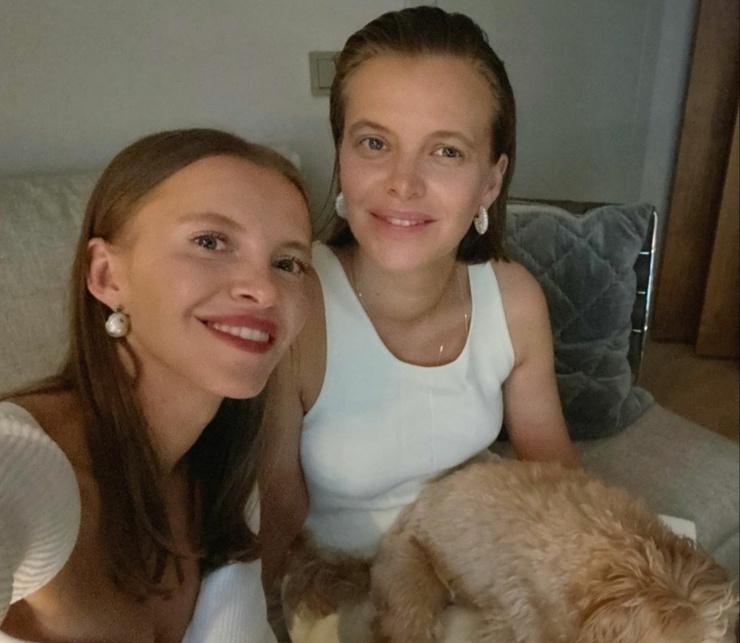 Ирина всеми силами поддерживает сестру