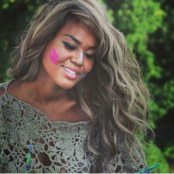Певицу привыкли видеть с роскошными длинными волосами