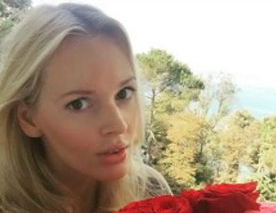 Экс-солистка «Мобильных блондинок» перестала скрывать беременность