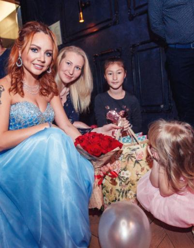 МакSим с дочкой Машей