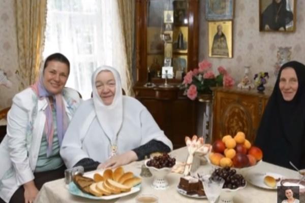 В последние годы Валентина Толкунова стала религиозной
