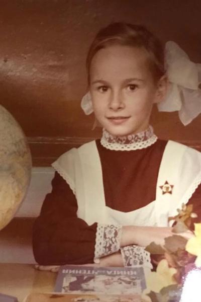 Саша Зверева пошла в первый класс в Германии