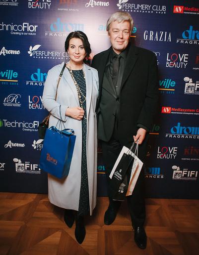 Телеведущие Екатерина и Александр Стриженовы